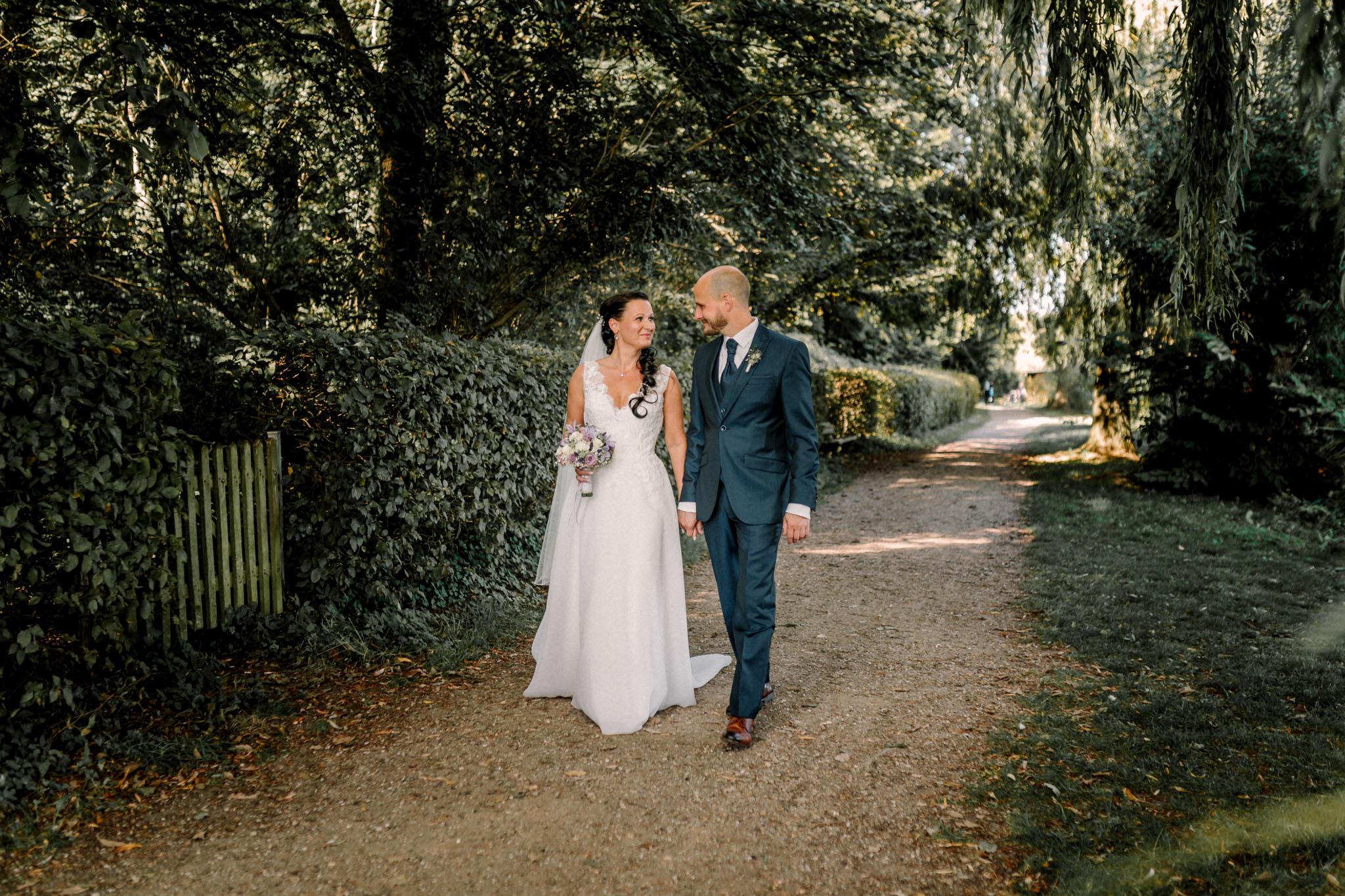 Hochzeitsfieber by Photo-Schomburg, Hochzeitsfotograf, Hamburg,Hochzeitstag, Hochzeitspaar, Braut, Bräutigam, Literaturhauscafe Zarrentin-75