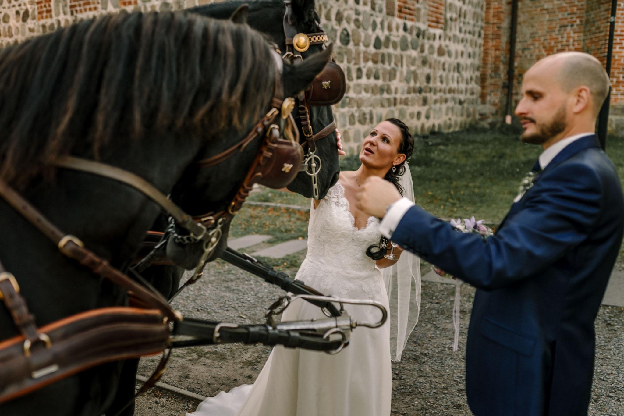 Hochzeitsfieber by Photo-Schomburg, Hochzeitsfotograf, Hamburg,Hochzeitstag, Hochzeitspaar, Braut, Bräutigam, Literaturhauscafe Zarrentin-85