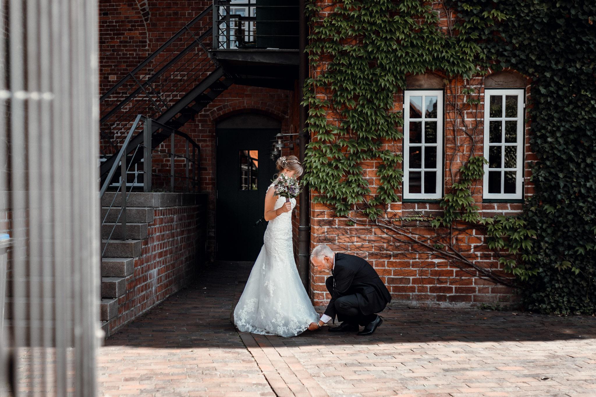 Sven Schomburg Hochzeitsfotografie, Hamburg, Mölln, Hochzeitsfieber by Photo-Schomburg, Hochzeitsreportage, Forsthaus Waldhusen, Braut, Bräutigam-19