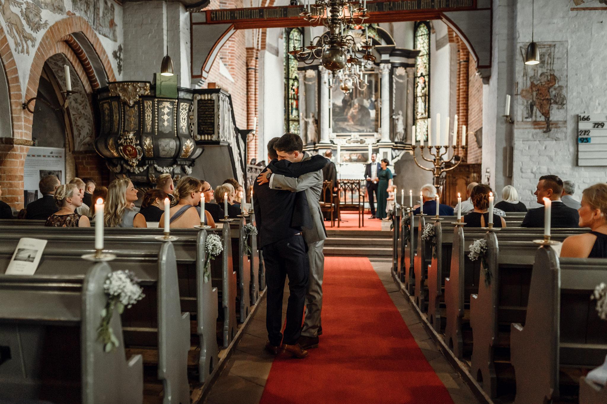 Sven Schomburg Hochzeitsfotografie, Hamburg, Mölln, Hochzeitsfieber by Photo-Schomburg, Hochzeitsreportage, Forsthaus Waldhusen, Braut, Bräutigam-21