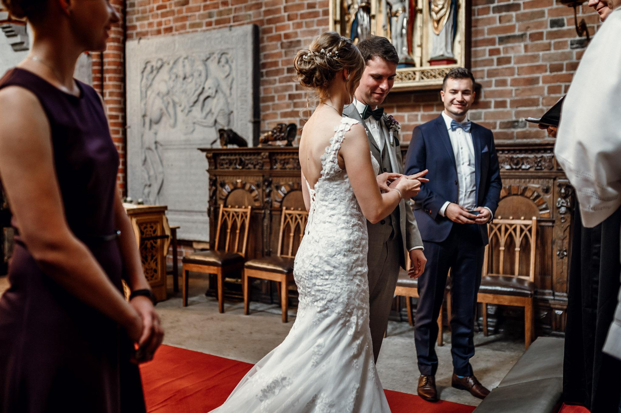 Sven Schomburg Hochzeitsfotografie, Hamburg, Mölln, Hochzeitsfieber by Photo-Schomburg, Hochzeitsreportage, Forsthaus Waldhusen, Braut, Bräutigam-39