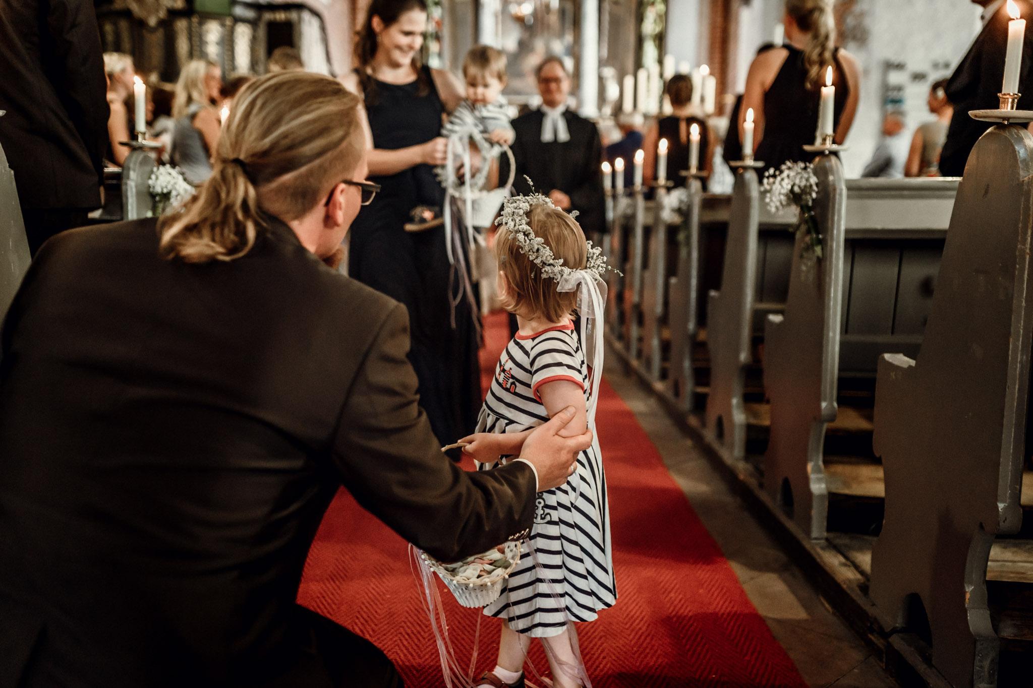 Sven Schomburg Hochzeitsfotografie, Hamburg, Mölln, Hochzeitsfieber by Photo-Schomburg, Hochzeitsreportage, Forsthaus Waldhusen, Braut, Bräutigam-45