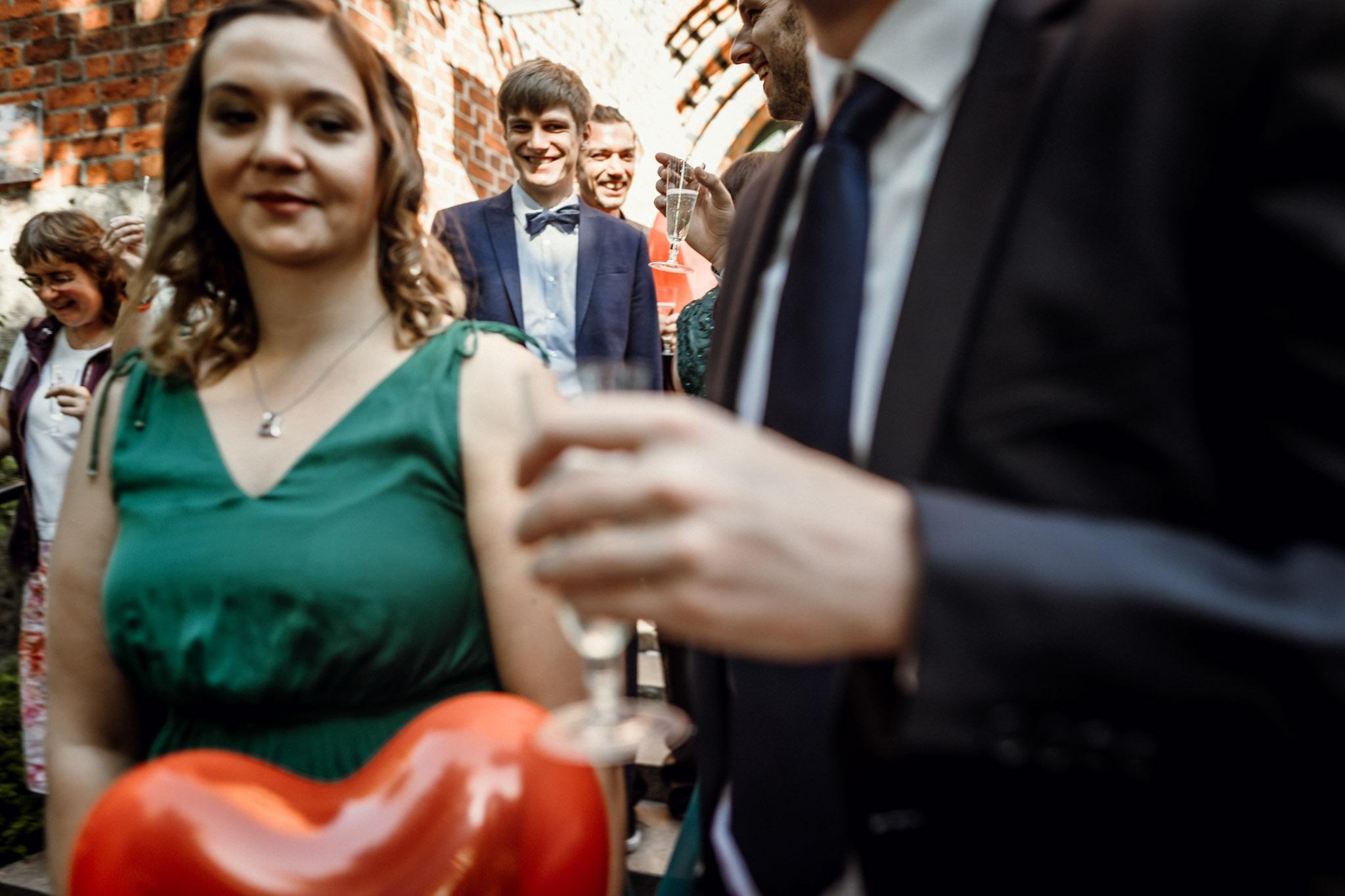 Sven Schomburg Hochzeitsfotografie, Hamburg, Mölln, Hochzeitsfieber by Photo-Schomburg, Hochzeitsreportage, Forsthaus Waldhusen, Braut, Bräutigam-49