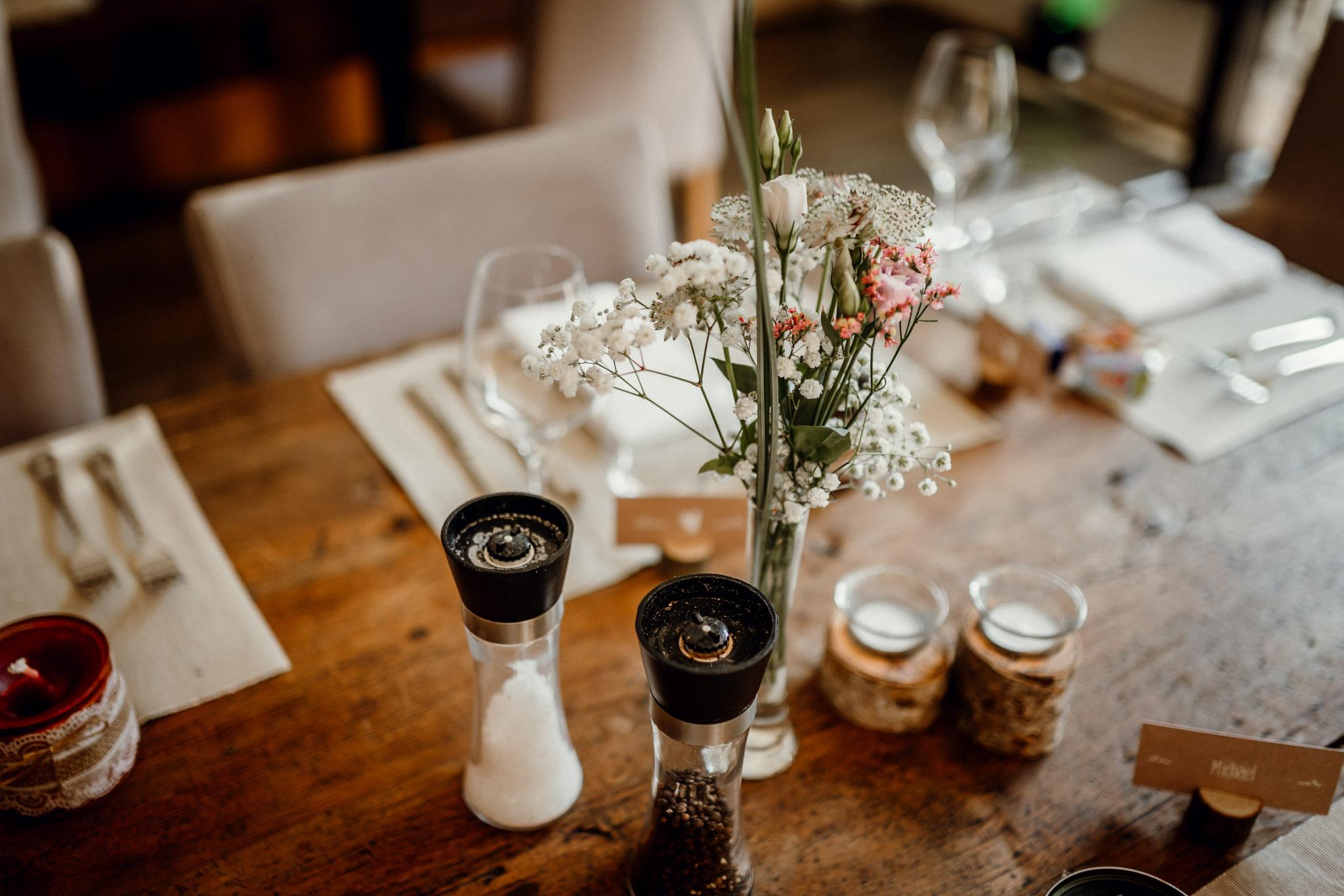 Sven Schomburg Hochzeitsfotografie, Hamburg, Mölln, Hochzeitsfieber by Photo-Schomburg, Hochzeitsreportage, Forsthaus Waldhusen, Braut, Bräutigam-53