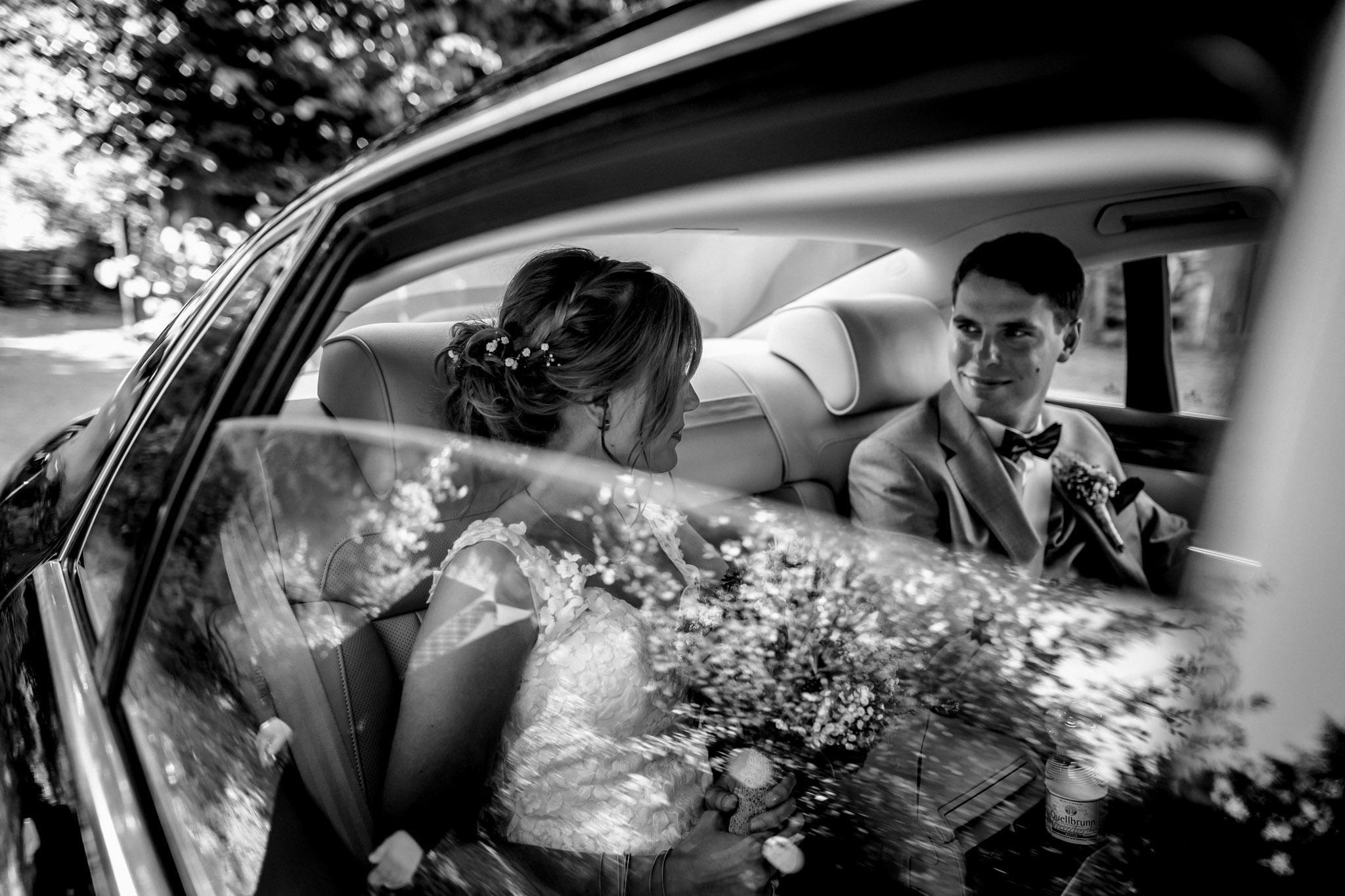 Sven Schomburg Hochzeitsfotografie, Hamburg, Mölln, Hochzeitsfieber by Photo-Schomburg, Hochzeitsreportage, Forsthaus Waldhusen, Braut, Bräutigam-58
