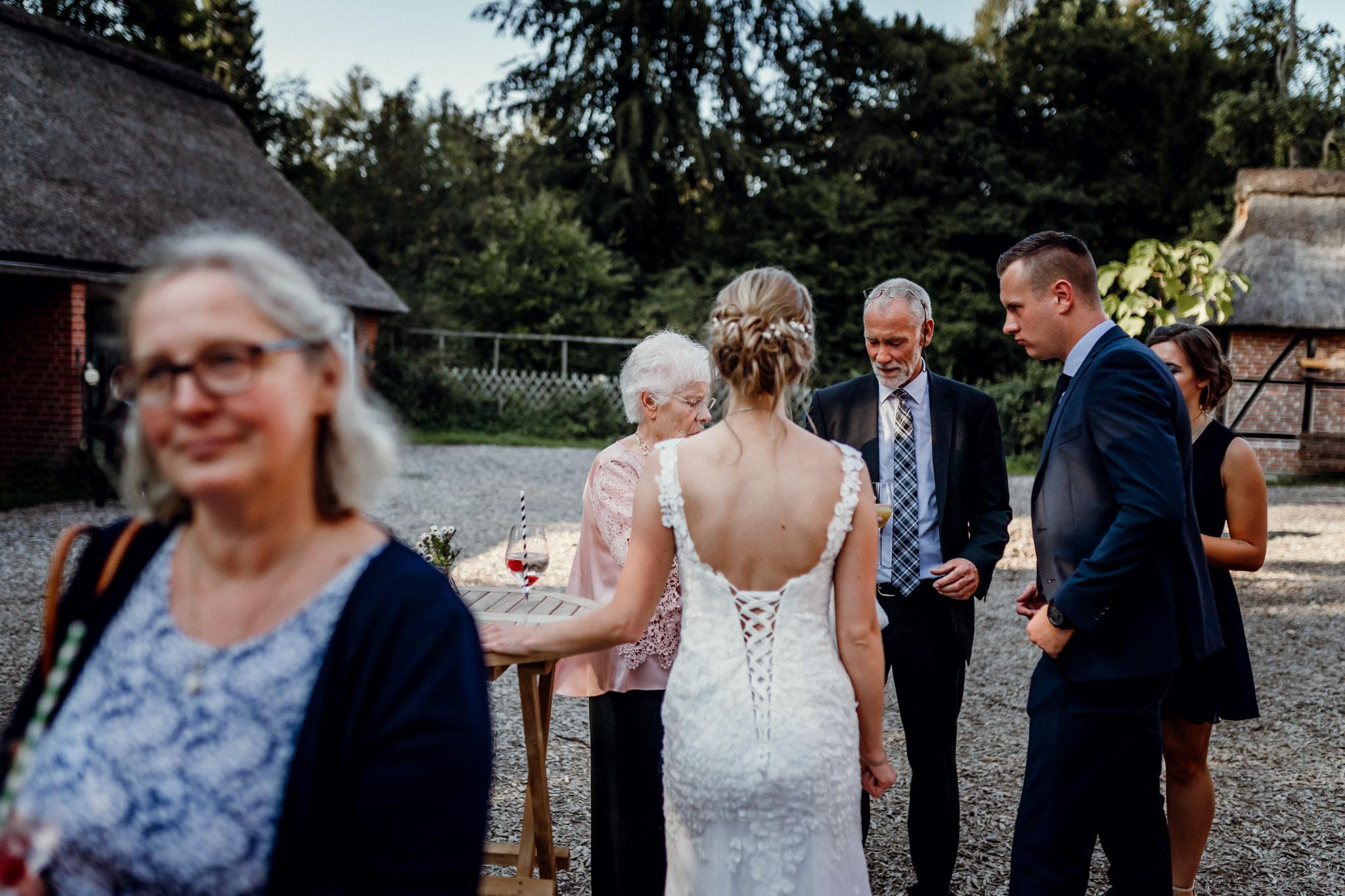 Sven Schomburg Hochzeitsfotografie, Hamburg, Mölln, Hochzeitsfieber by Photo-Schomburg, Hochzeitsreportage, Forsthaus Waldhusen, Braut, Bräutigam-66