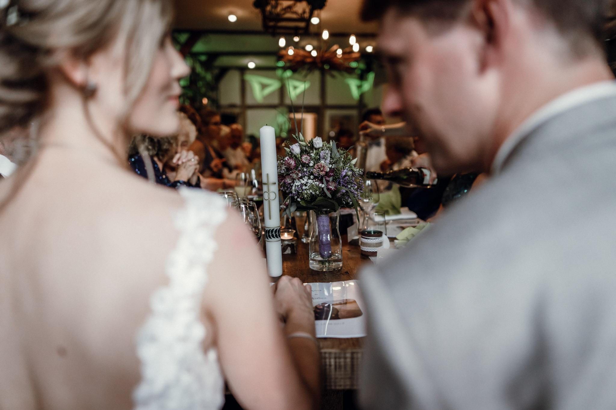 Sven Schomburg Hochzeitsfotografie, Hamburg, Mölln, Hochzeitsfieber by Photo-Schomburg, Hochzeitsreportage, Forsthaus Waldhusen, Braut, Bräutigam-80