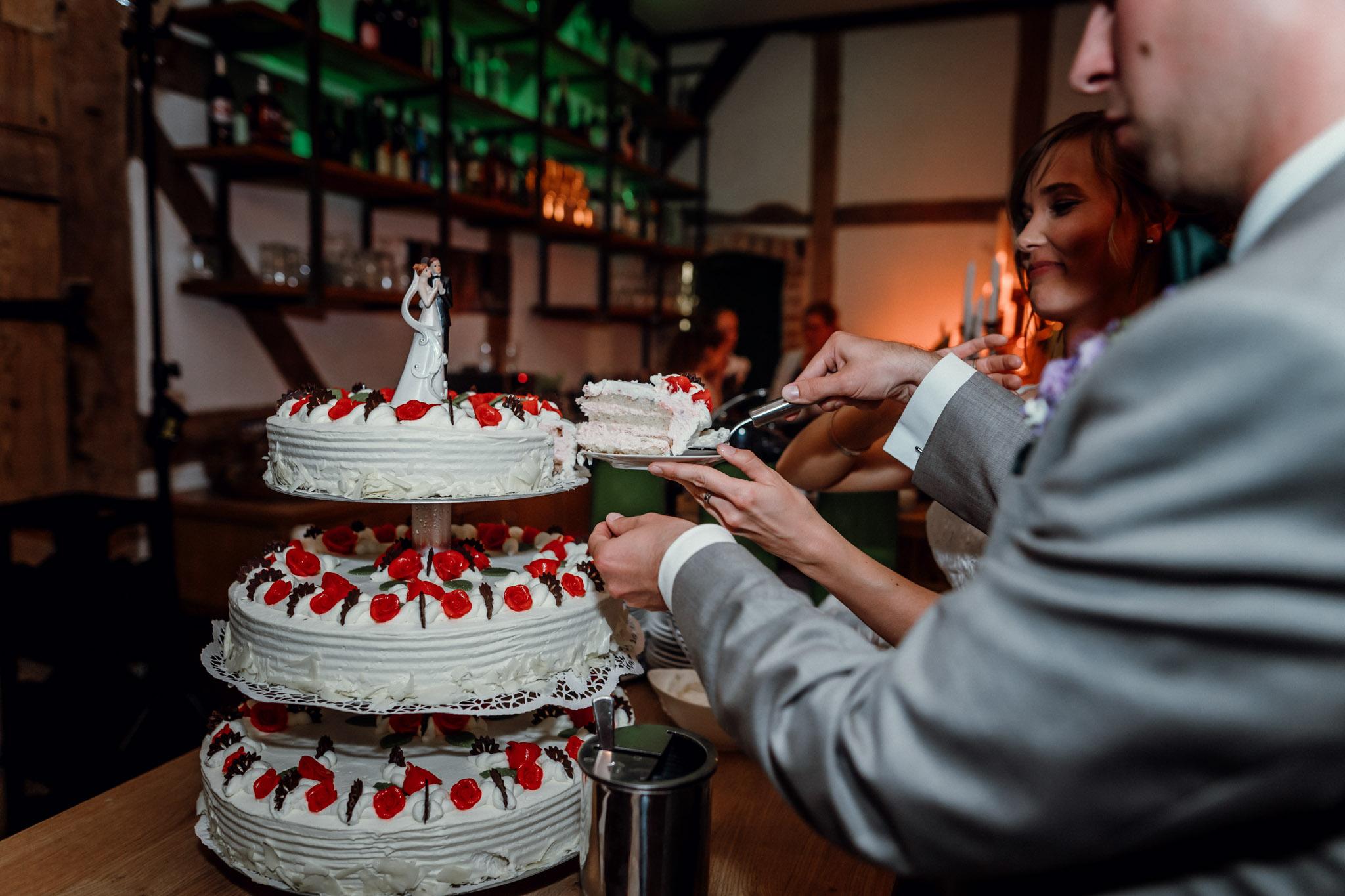 Sven Schomburg Hochzeitsfotografie, Hamburg, Mölln, Hochzeitsfieber by Photo-Schomburg, Hochzeitsreportage, Forsthaus Waldhusen, Braut, Bräutigam-87