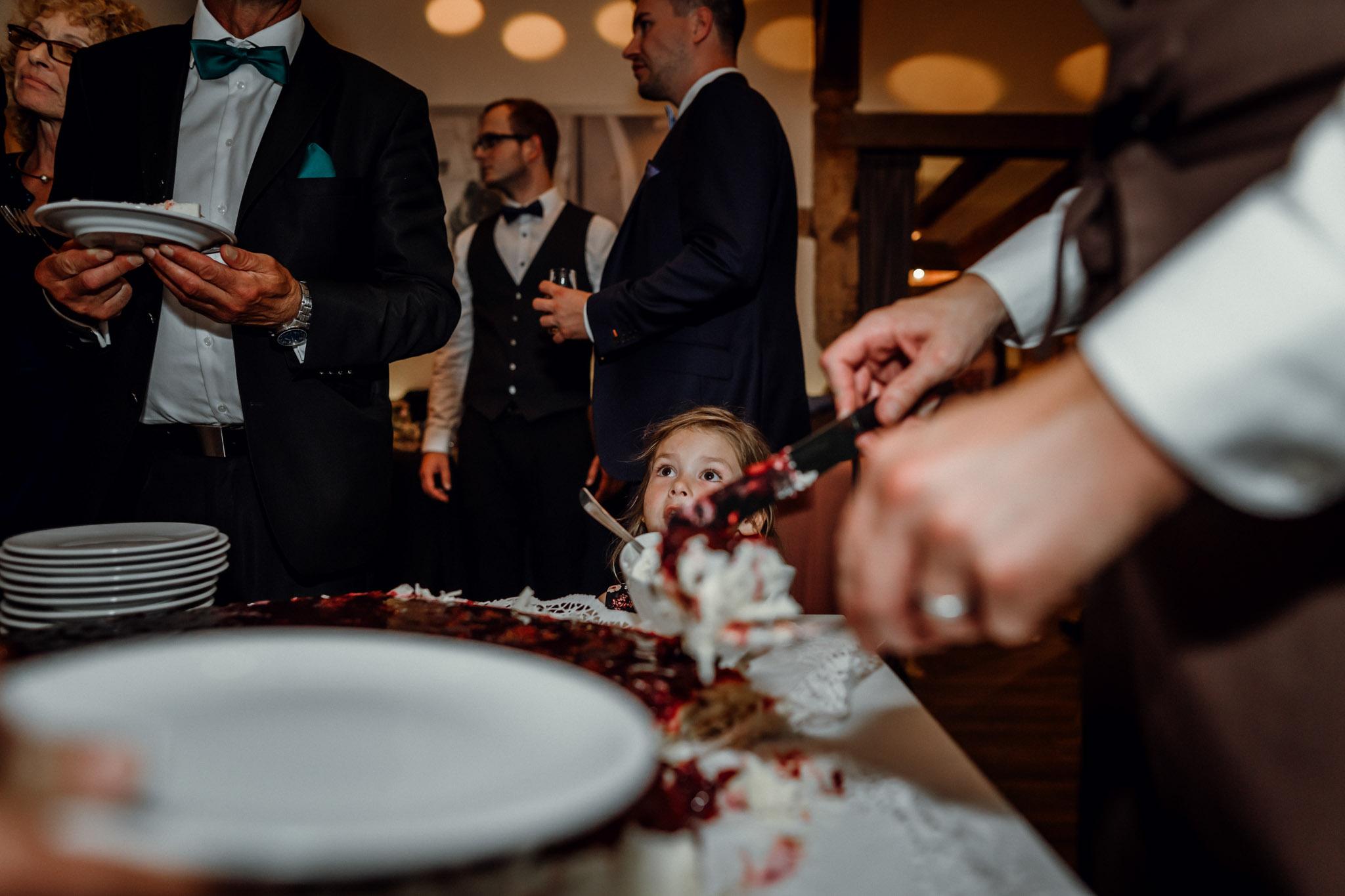 Sven Schomburg Hochzeitsfotografie, Hamburg, Mölln, Hochzeitsfieber by Photo-Schomburg, Hochzeitsreportage, Forsthaus Waldhusen, Braut, Bräutigam-88