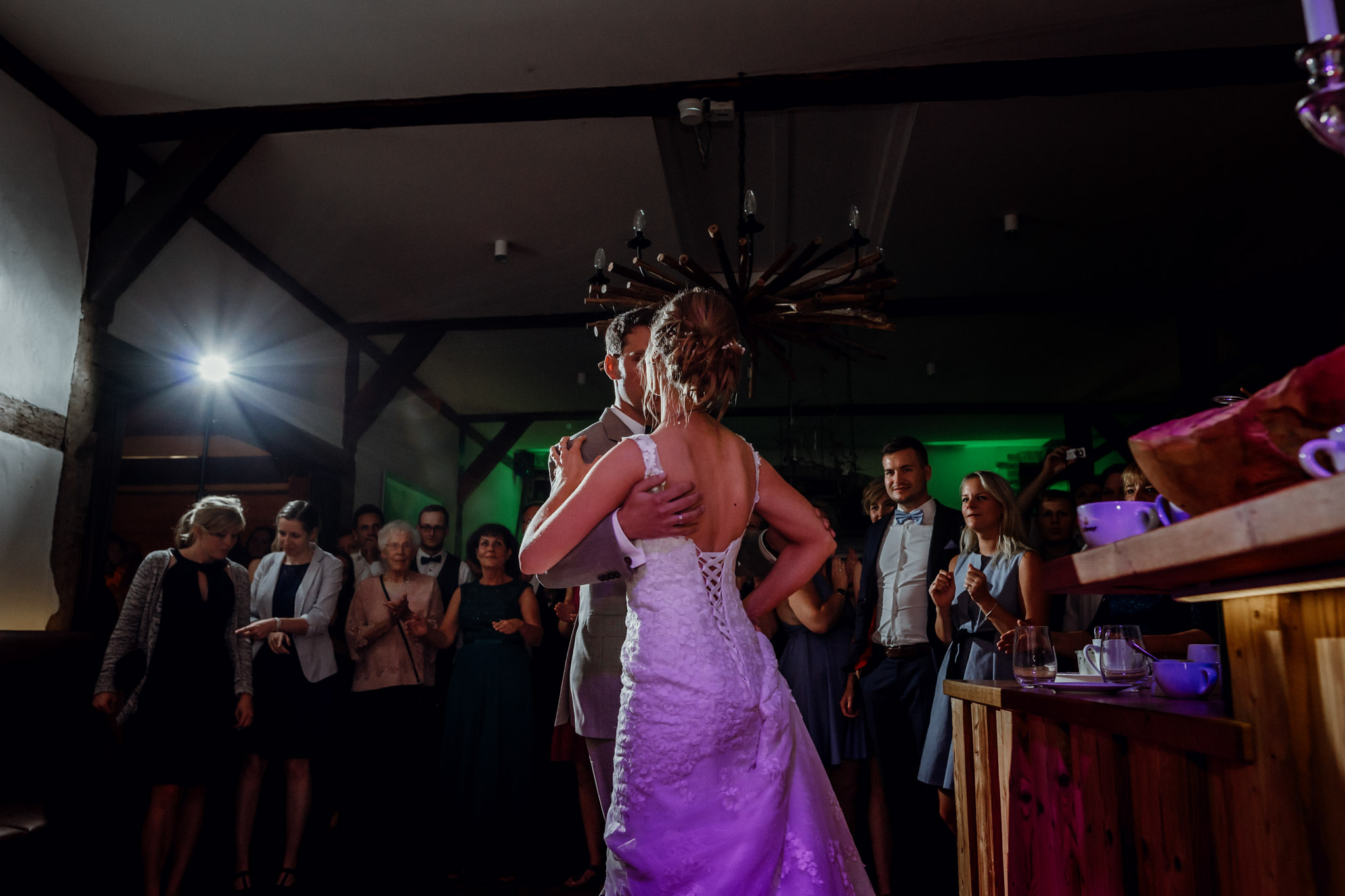 Sven Schomburg Hochzeitsfotografie, Hamburg, Mölln, Hochzeitsfieber by Photo-Schomburg, Hochzeitsreportage, Forsthaus Waldhusen, Braut, Bräutigam-89