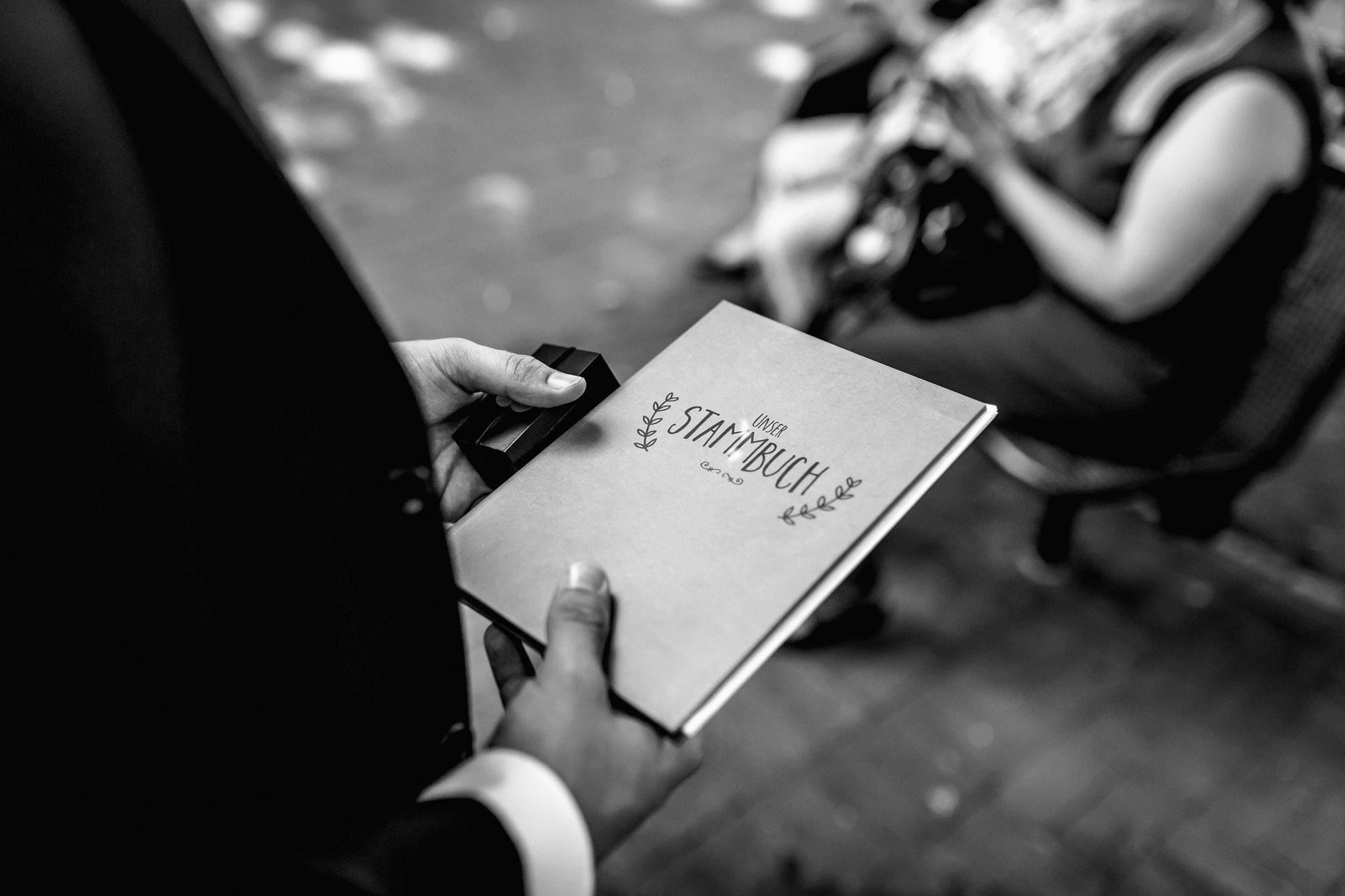 Sven Schomburg Hochzeitsfotografie, Hamburg, Mölln, Hochzeitsfieber by Photo-Schomburg, Hochzeitsreportage, Forsthaus Waldhusen, Braut, Bräutigam-9