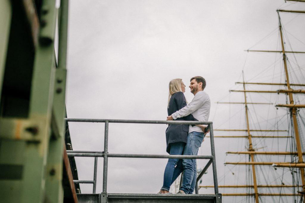 Hochzeitsfotograf, Sven Schomburg Hochzeitsfotografie, Coupleshooting, Brautpaar, Hochzeitspaar, Hamburg, Peking, Hafenmuseum Hamburg, Hochzeitstag, wahre Momente-10