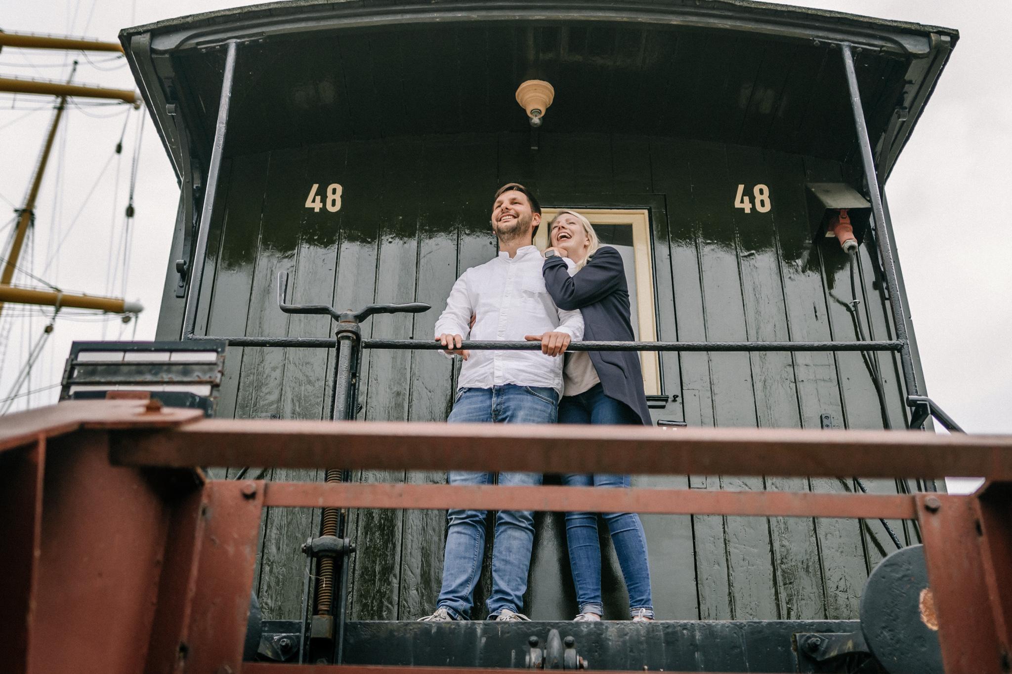 Hochzeitsfotograf, Sven Schomburg Hochzeitsfotografie, Coupleshooting, Brautpaar, Hochzeitspaar, Hamburg, Peking, Hafenmuseum Hamburg, Hochzeitstag, wahre Momente-19