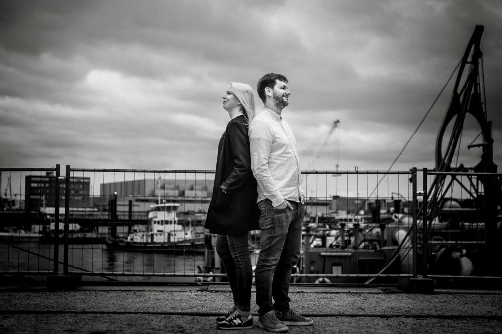 Hochzeitsfotograf, Sven Schomburg Hochzeitsfotografie, Coupleshooting, Brautpaar, Hochzeitspaar, Hamburg, Peking, Hafenmuseum Hamburg, Hochzeitstag, wahre Momente-6