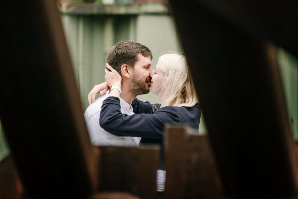 Hochzeitsfotograf, Sven Schomburg Hochzeitsfotografie, Coupleshooting, Brautpaar, Hochzeitspaar, Hamburg, Peking, Hafenmuseum Hamburg, Hochzeitstag, wahre Momente-8
