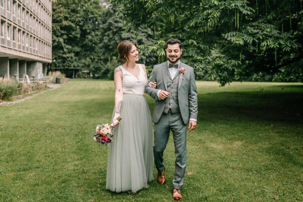 Sven Schomburg Hochzeitsfotografie, Wedding, Brautpaar, Braut, Bräutigam, Röperhof, Hamburg, wahre Momente, Hochzeit in Hamburg-21