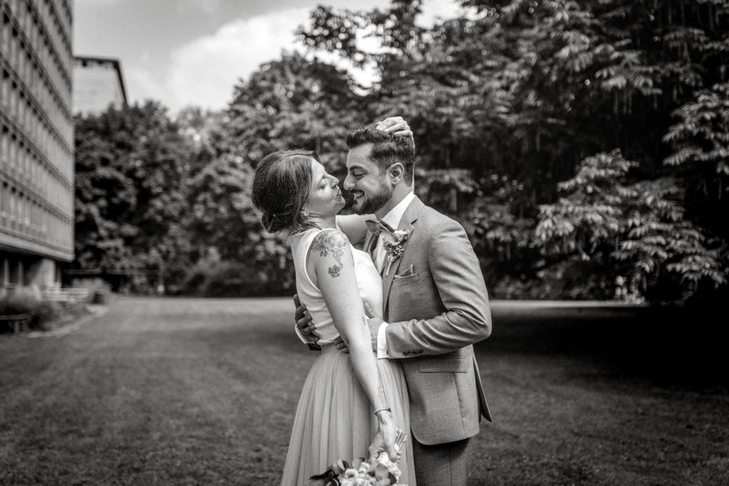 Sven Schomburg Hochzeitsfotografie, Wedding, Brautpaar, Braut, Bräutigam, Röperhof, Hamburg, wahre Momente, Hochzeit in Hamburg-22